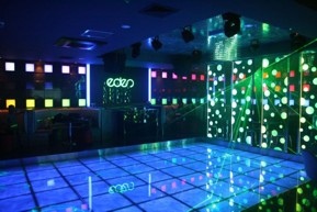 State of the art sound & lighting to wow your senses. How a club should be.